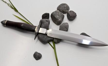 Tuscan Dagger
